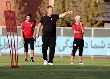 با مصاحبههای سفارشی، مربی تیم ملی را خراب نکنید!
