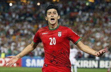رقابت آزمون با احمدوف برای کسب عنوان بازیکن برتر در جام ملتهای آسیا +لینک نظرسنجی