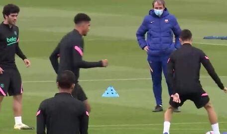 ویدیو| تمرینات تیم بارسلونا پیش از دیدار امشب در لیگ قهرمانان اروپا