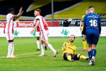 بازی ۱۳ گله در لیگ هلند!