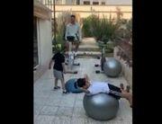 ویدیو| تمرین رشید مظاهری به همراه پسرانش