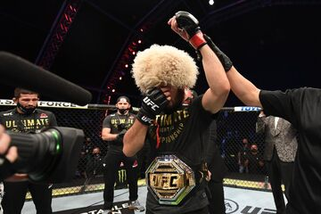 حبیب نورماگومدوف مبارزه آخرش را برد و از MMA خداحافظی کرد