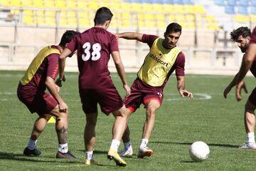 وحید امیری: تعویق لیگ برتر برای ما فرقی ندارد