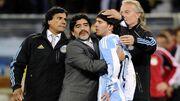 نظر مارادونا درباره مشکل مسی با بارسلونا چیست؟