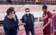 ویدیو| واکنش مودبانه آقایی به شوخی قلعهنویی؛ خبری از جنجال نبود