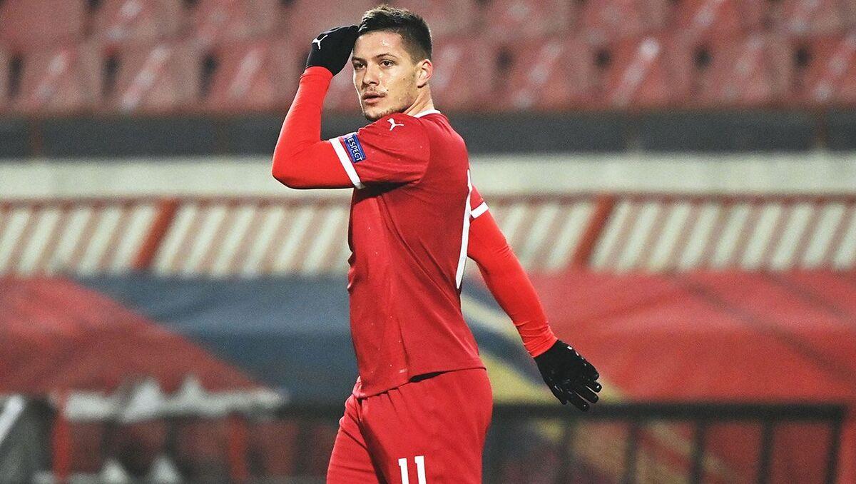 لوکا یوویچ، مهاجم رئال مادرید کرونا گرفت