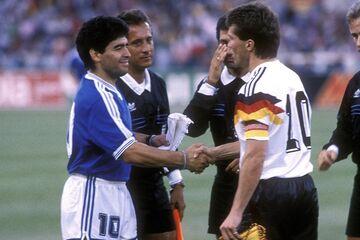تعظیم به دیگو مارادونا، محبوبترین فوتبالیست کرهزمین
