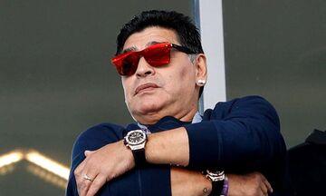 دلیل این که دیگو مارادونا دو ساعت میبست چه بود؟