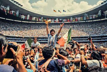 اعداد ماندگار دوران بازی و مربیگری دیگو مارادونا