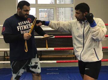 مازیار الهامی در رقابت های MMA کمربند قهرمانی را از دست داد