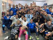 عکس روز| پیروزی تیم مارادونا تقدیم به او