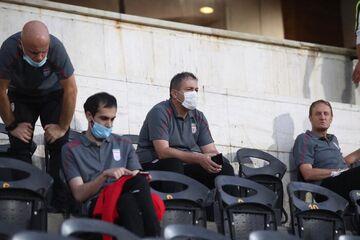 آقای اسکوچیچ و اعضای کادر فنی تیم ملی! لطفاً از تهران بیرون بروید