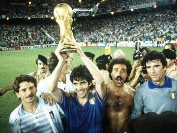 عکس| ستاره سوم تیم ملی ایتالیا سیاه شد