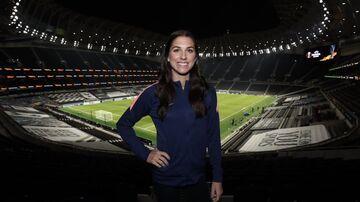 عکس| الکس مورگان، ستاره فوتبال زنان جهان تماشاگر درخشش علیرضا بیرانوند
