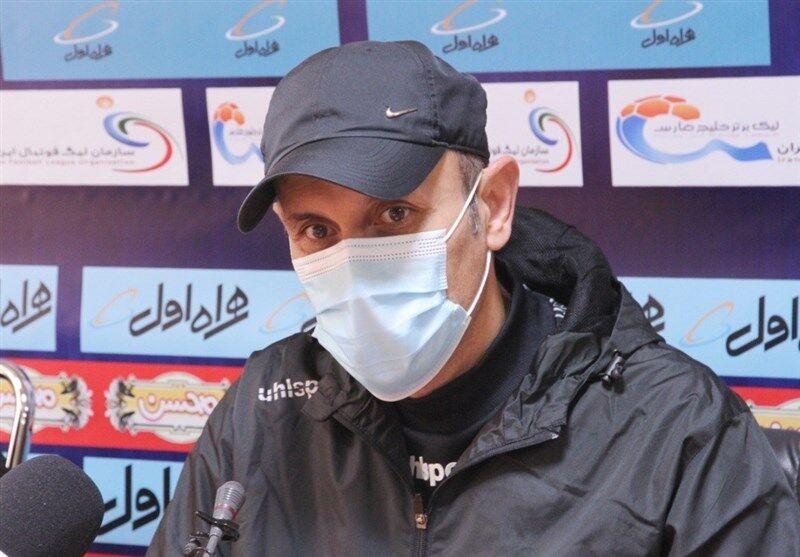 یحیی گلمحمدی: هر تیمی جای ما و این بچهها بود، از هم میپاشید
