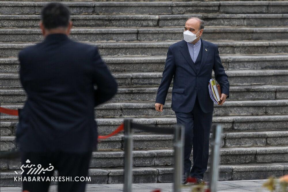 وزیر رفاه: مسعود سلطانیفر تا پایان سال بدهی شستا را میپردازد
