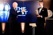 ویدیو| دریافت جایزه بهترین بازیکن سال ۲۰۲۰ فیفا توسط لواندوفسکی