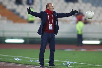 واکنش کالدرون درباره خبر بازگشتش به فوتبال ایران/ برای پرسپولیس آرزوی موفقیت میکنم