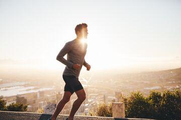 تمرینات بدنسازی در صبح بهتر است یا بعد از ظهر؟
