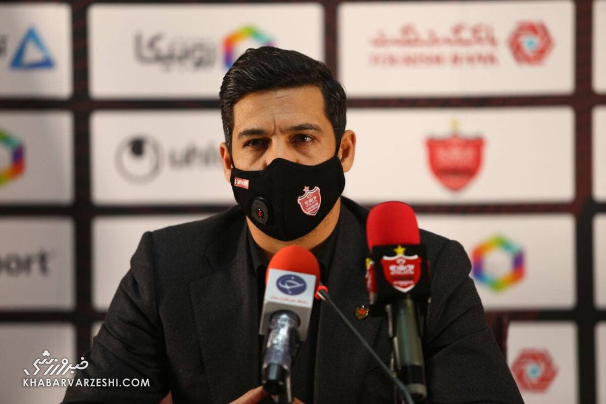 ابراهیم شکوری: اولین پولی که وارد باشگاه شد صرف آپشنها و قرارداد بازیکنان کردیم