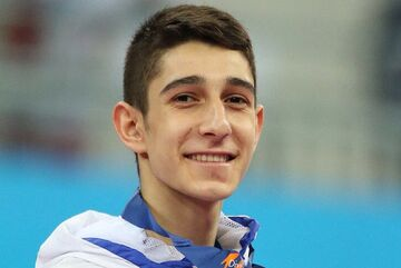 فرزان عاشورزاده: رونالدو پشت توپ طلای مسی ماند، من هم پشت مدال المپیک