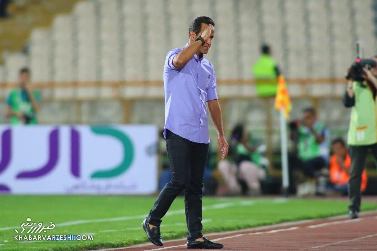 اتفاق عجیب در آستانه انتخابات فوتبال/ توقیف برنامه علی کریمی به دلیل محتوای نامناسب!
