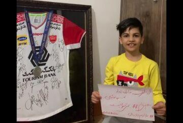 ویدیو| درخواست فرزند هوادار فقید پرسپولیس از یحیی گلمحمدی