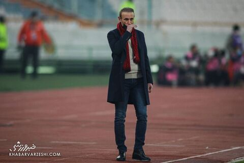 گلمحمدی: کارهای نیمکت استقلال در شأن این باشگاه نیست!