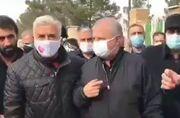 ویدیو| حضور علی پروین در مراسم خاکسپاری مهرداد میناوند