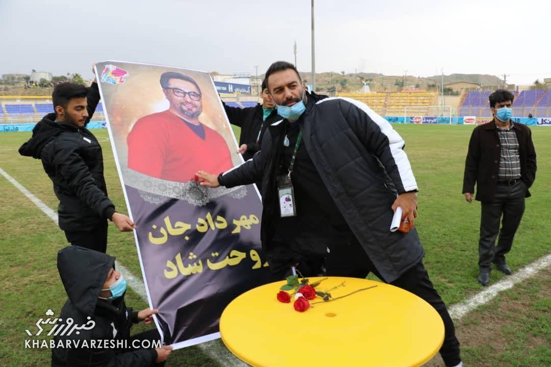 حنیف عمرانزاده: استقلالیها از نزدیک مهرداد میناوند را میدیدند، شیفتهاش میشدند!