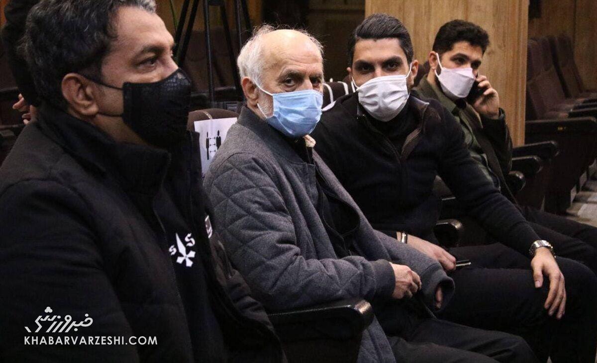محمود خوردبین: هنوز در شوک فوت مهرداد میناوند هستم