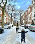 عکس| برفبازی گوچی و پسرش در هلند