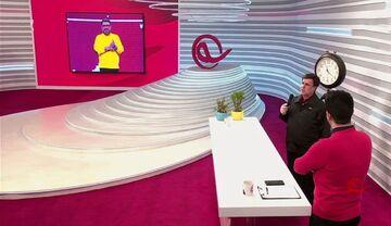 حرکت عجیب علیفر در برنامه زنده/ حمله به رضا رشیدپور؛ عکسش را ببینم روی برمیگردانم!