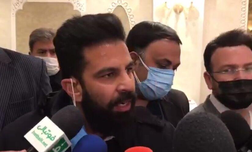 ویدیو  جنجال در انتخابات هیئت فوتبال تهران/ پدر فوتبال را درآوردید