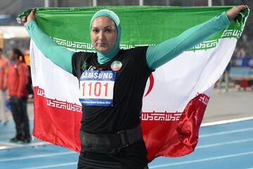 ویدیو| لیلا رجبی: ورزشکاری که تمام زندگیاش را صرف ورزش میکند بیغیرت نیست