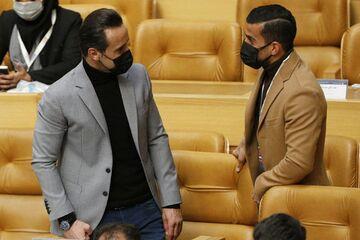 عکس| دیدار صمیمانه علی کریمی با کاپیتان تیم ملی