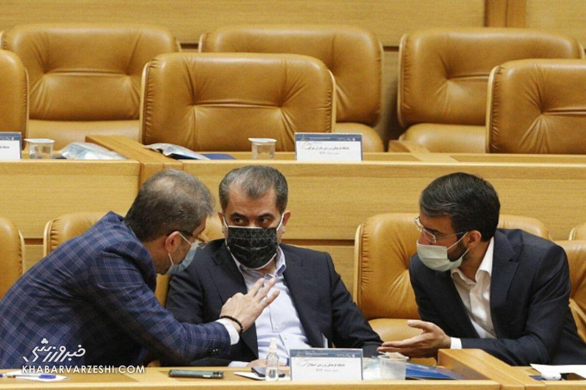 تصویر جالب از ۳ عضو مجمع که حق رای دارند