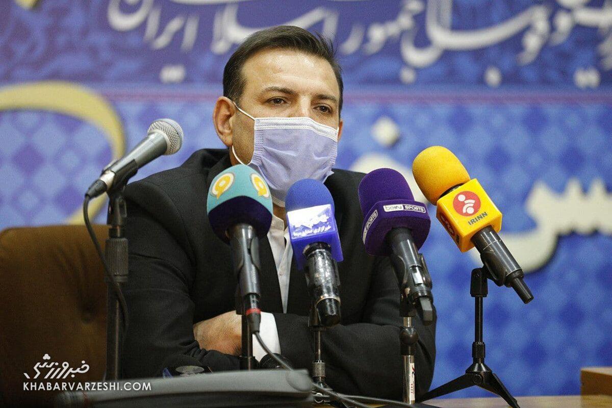 عزیزی خادم: فدراسیون فوتبال در زمان من غیرسیاسی خواهد بود/ مکلف به شفافیت و پاسخگویی هستیم