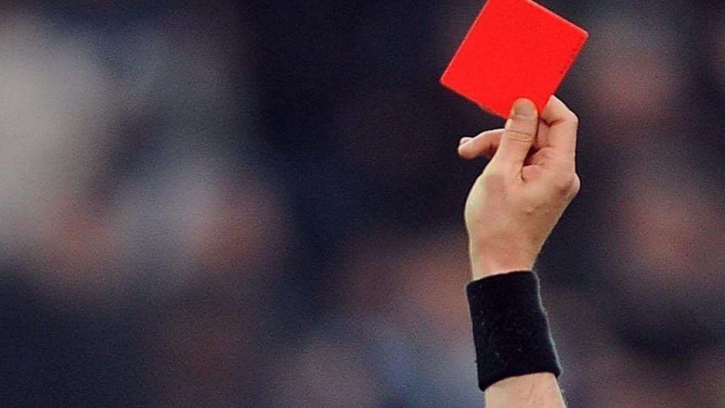 ویدیو  تا نیمفصل هر تیم چند کارت زرد و قرمز گرفت؟