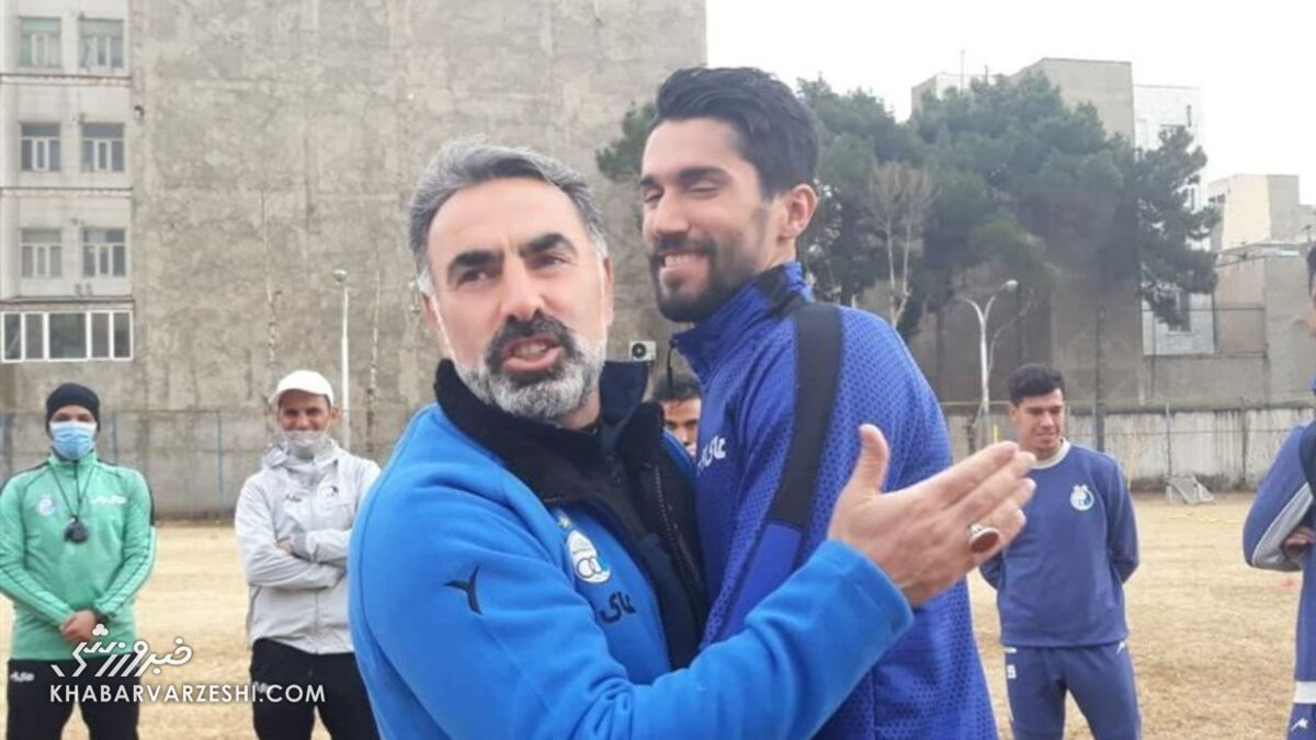 استوری دروازهبان استقلال برای حاج محمود