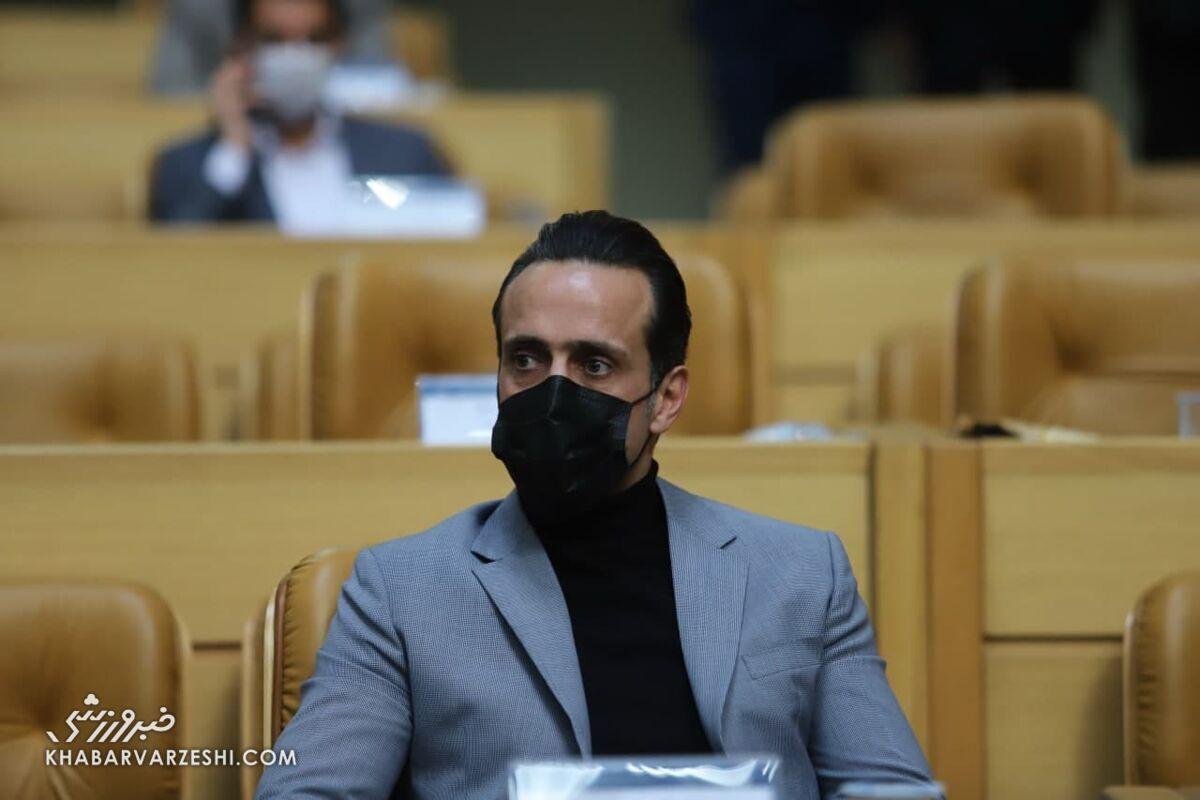 حمله علی کریمی به فدراسیون به خاطر خانمها!