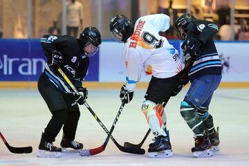 گزارش تصویری| دیدار هاکی روی یخ بانوان تیم های آیس باکس و ام دات آر فرمانیه