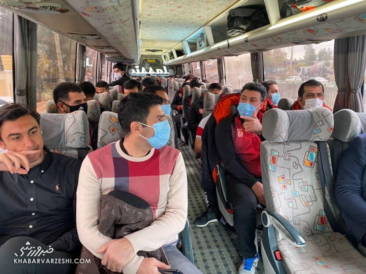 طلبکاران شهرخودرو، یقه دروازه بان سابق استقلال را در اصفهان گرفتند!
