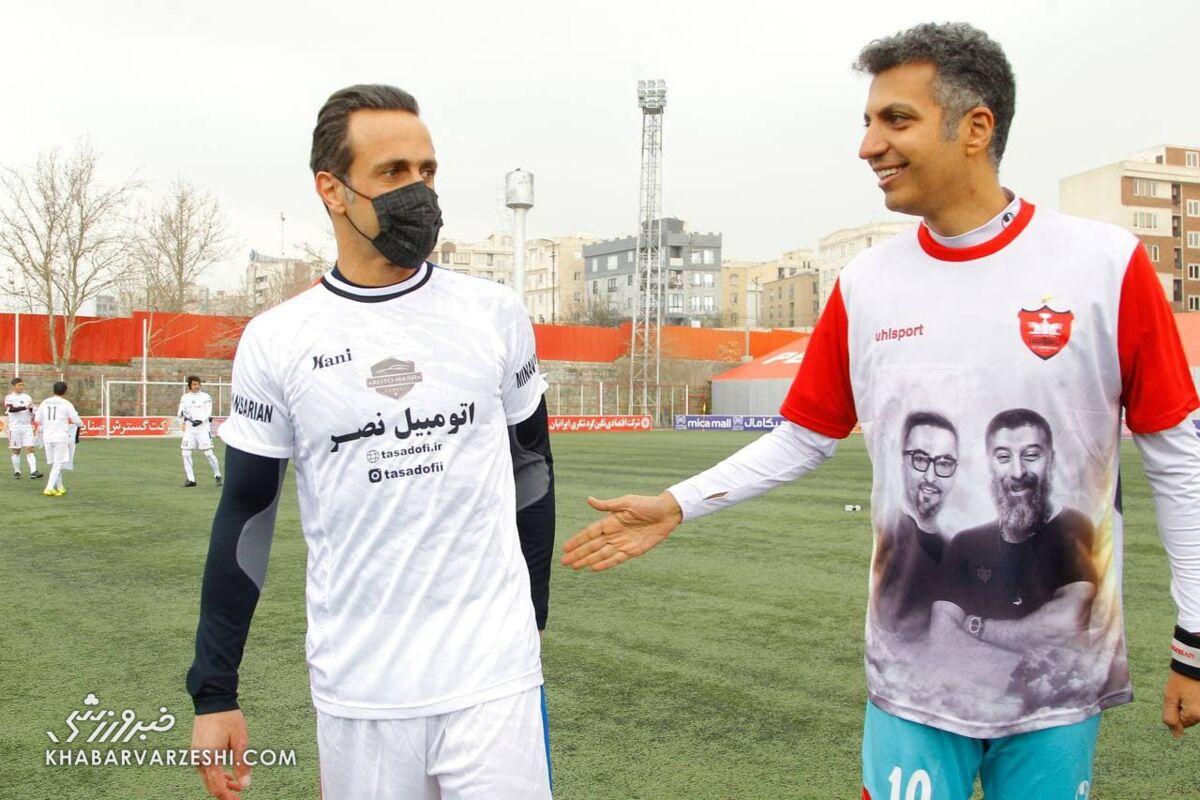 تقابل دیدنی علی کریمی و عادل فردوسیپور در زمین فوتبال
