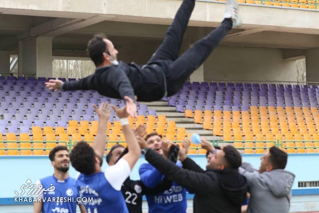 قهرمانی تیم امید استقلال با هدایت آرش برهانی