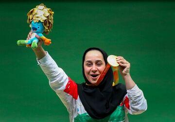 مدال طلا برگردن ساره جوانمردی/ صعود توسلیخواه به فینال ماده تراپ