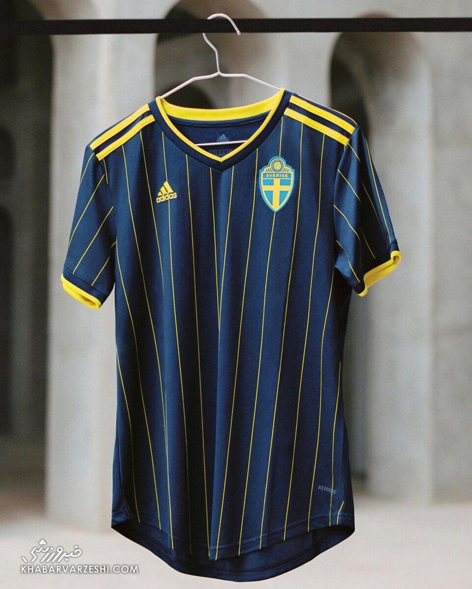 پیراهن دوم سوئد