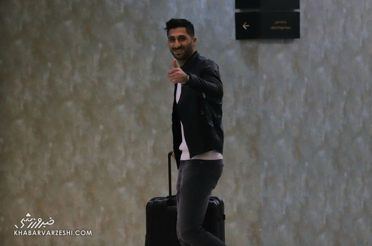 تصاویر  حضور بازیکن کرونایی بدون ماسک در اردو تیم ملی