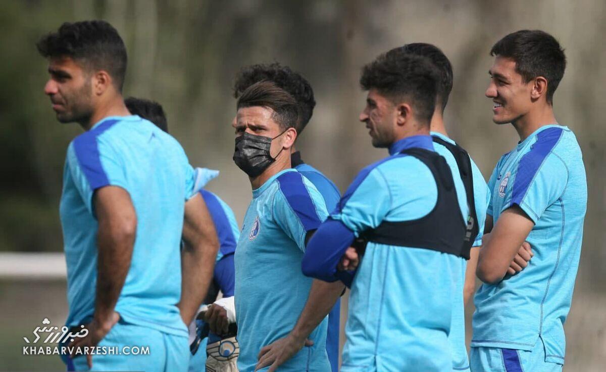عکس  استقلالیها از وحشت حمله کرونا با ماسک تمرین کردند؟