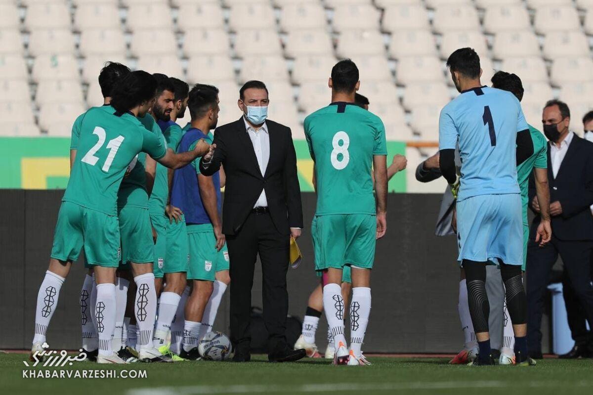 گزارش تمرین تیم ملی/ حضور بدون ماسک بعضی افراد و سختگیری با خبرنگاران